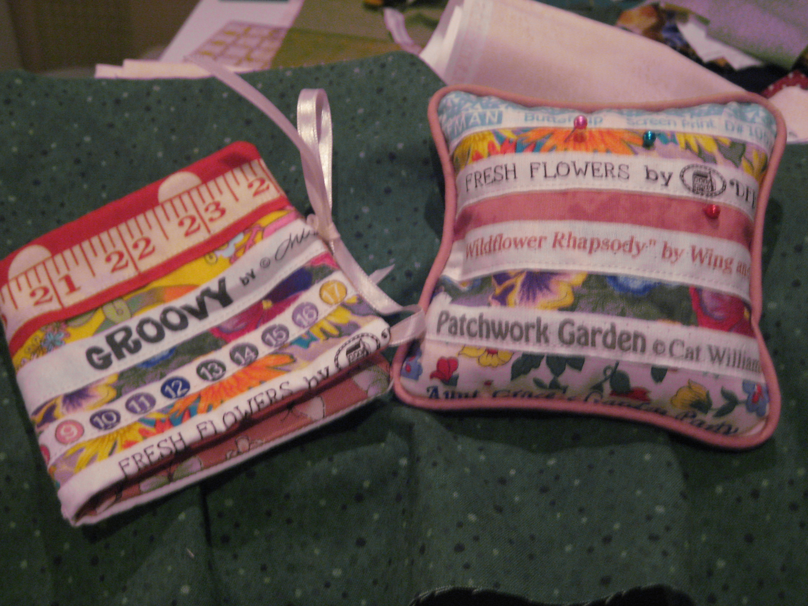 Name:  pin cushions 001.JPG Views: 204 Size:  1.81 MB