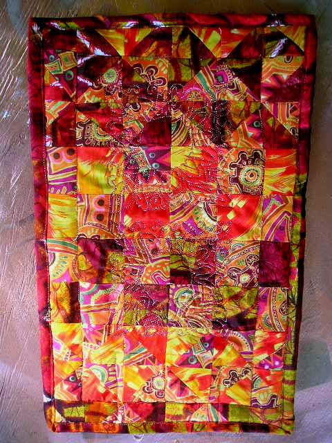 Name:  October 2012 doll quilt.jpg