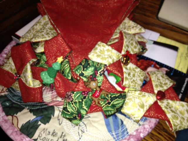 Name:  ornaments.JPG Views: 160 Size:  141.9 KB