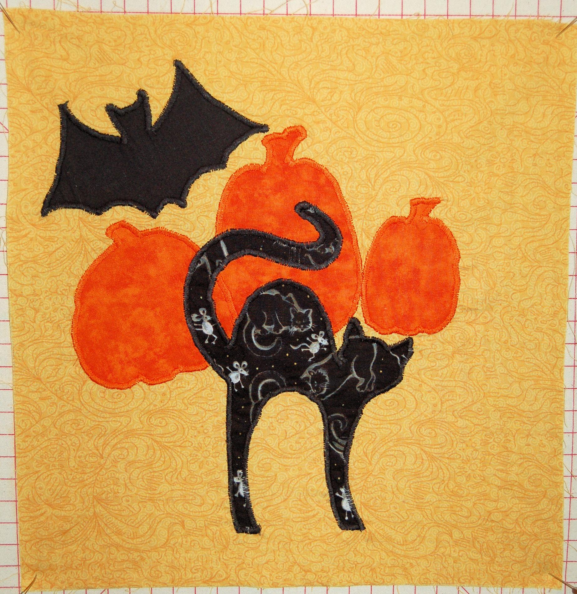 Name:  Halloween Kitty.jpg Views: 172 Size:  1.02 MB