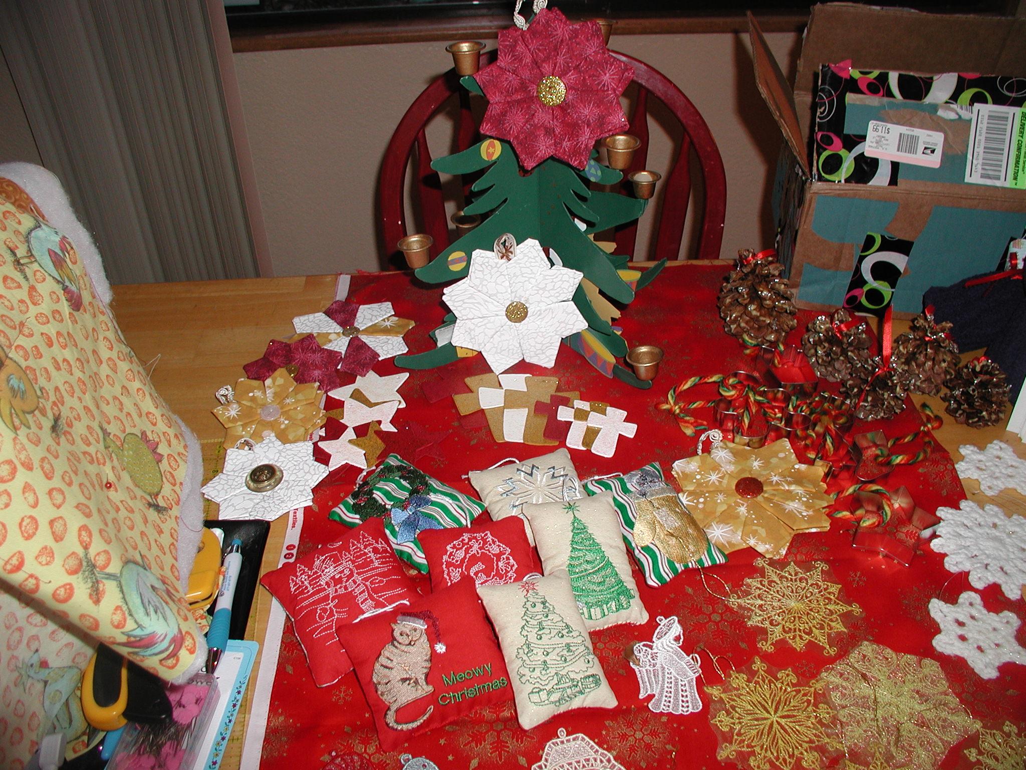Name:  ornaments for seniors 001.jpg Views: 161 Size:  688.1 KB