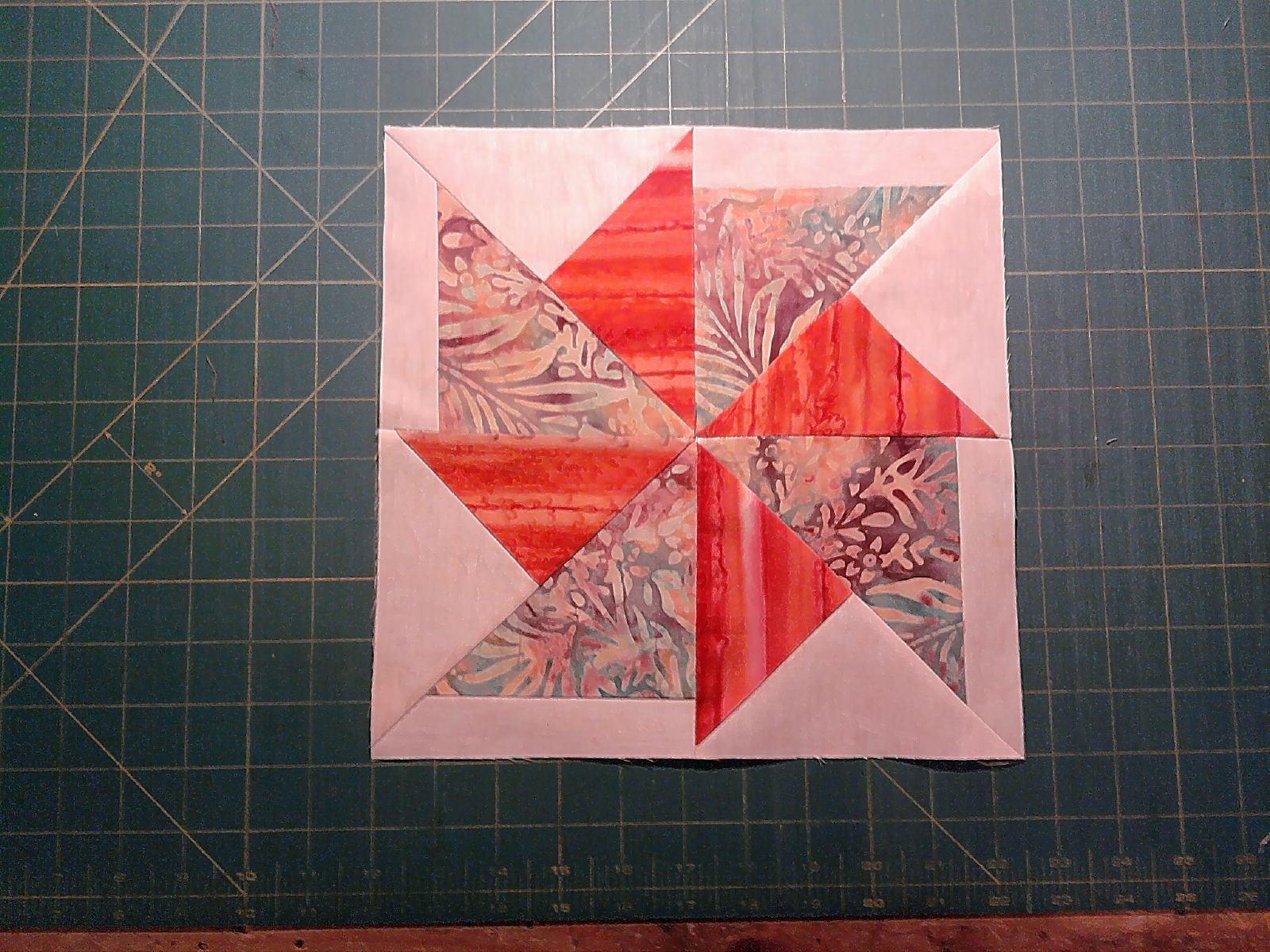 Name:  spinning pinwheel block.jpg Views: 168 Size:  316.3 KB