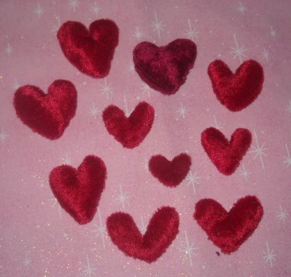 Name:  Mini Velveteen Hearts.jpg