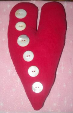 Name:  Corderoy Heart w Buttons.jpg