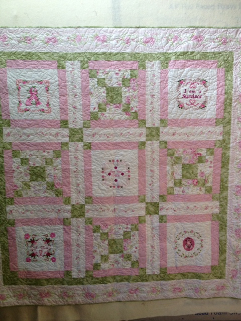 Name:  Dee whole quilt.JPG
