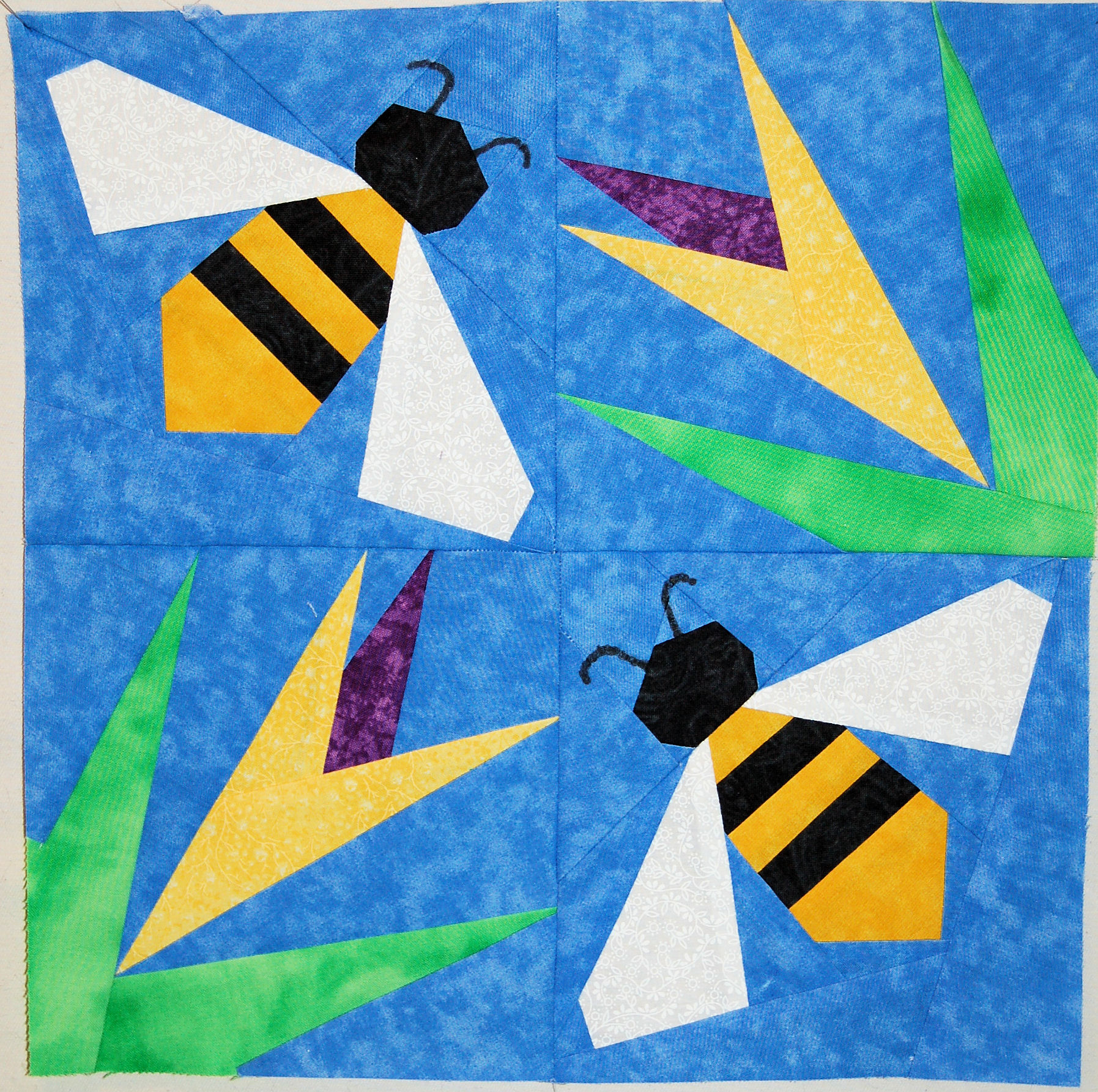 Name:  Bees.jpg