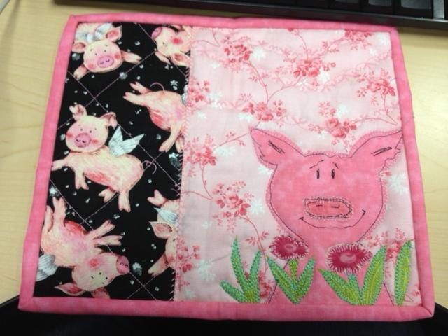 Name:  pig mug rug.jpg Views: 1174 Size:  141.6 KB