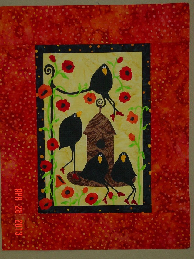 Name:  out to lunch crow quilt 4-28-13 008.JPG
