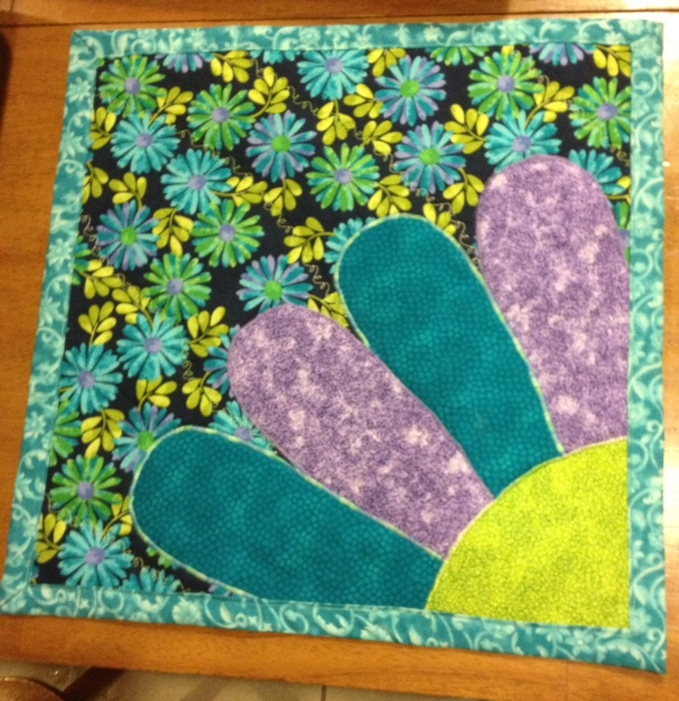 Name:  april doll quilt.jpeg