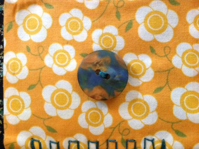 Name:  Argentium DQ needlecase button.jpg Views: 107 Size:  100.1 KB