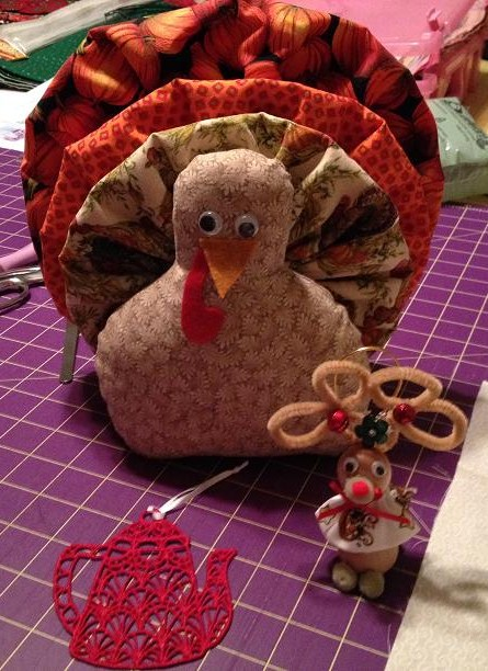 Name:  Turkey, Mouse, Teapot for Brat.JPG Views: 115 Size:  107.4 KB