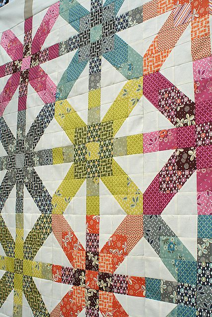 Name:  Supernova quilt by freshlypieced on Flickr.jpg Views: 276 Size:  112.3 KB