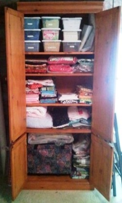 Name:  Sewing Room Bookshelves 1.jpg Views: 3473 Size:  30.2 KB