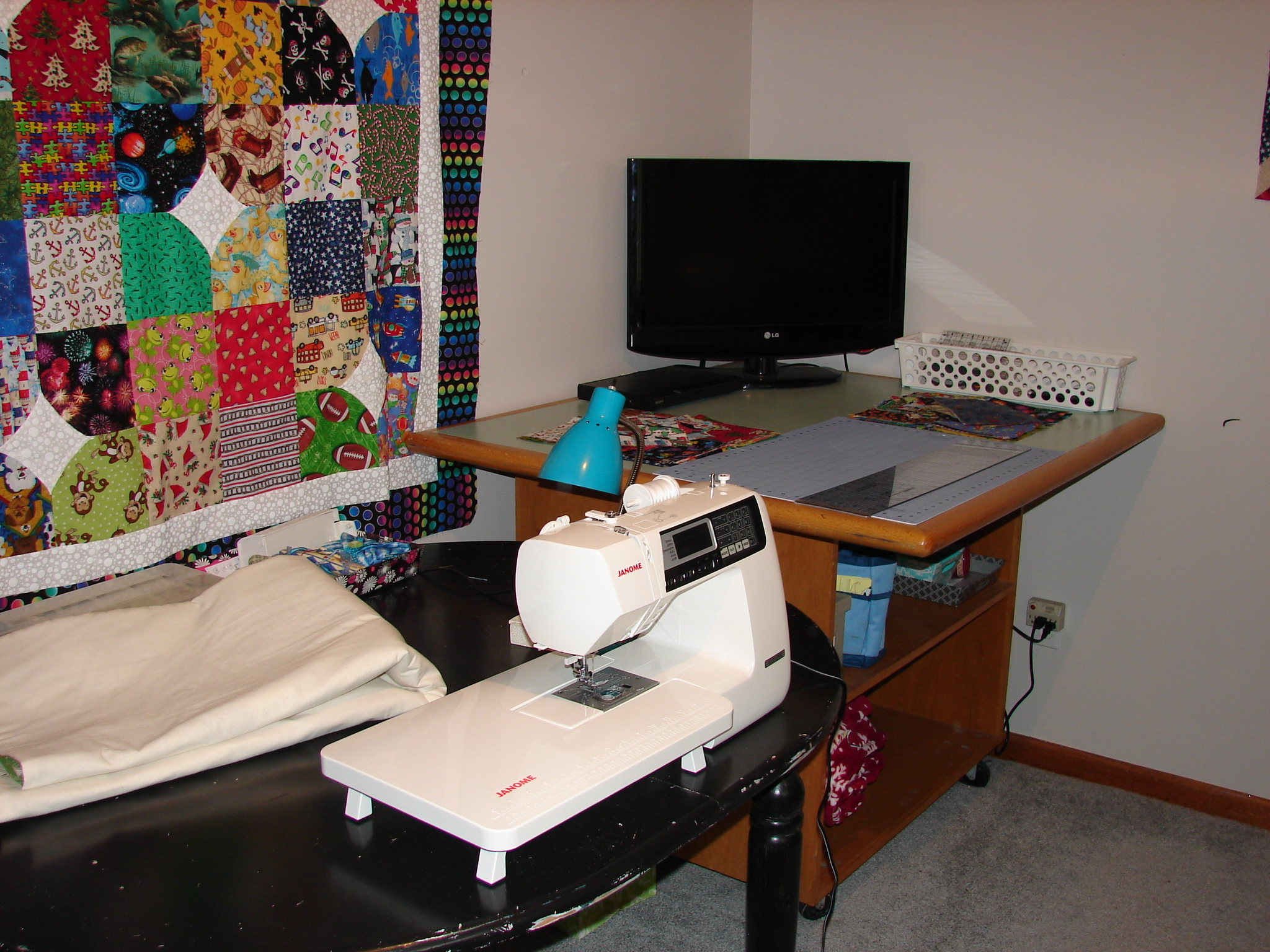 Name:  craft room 007.JPG