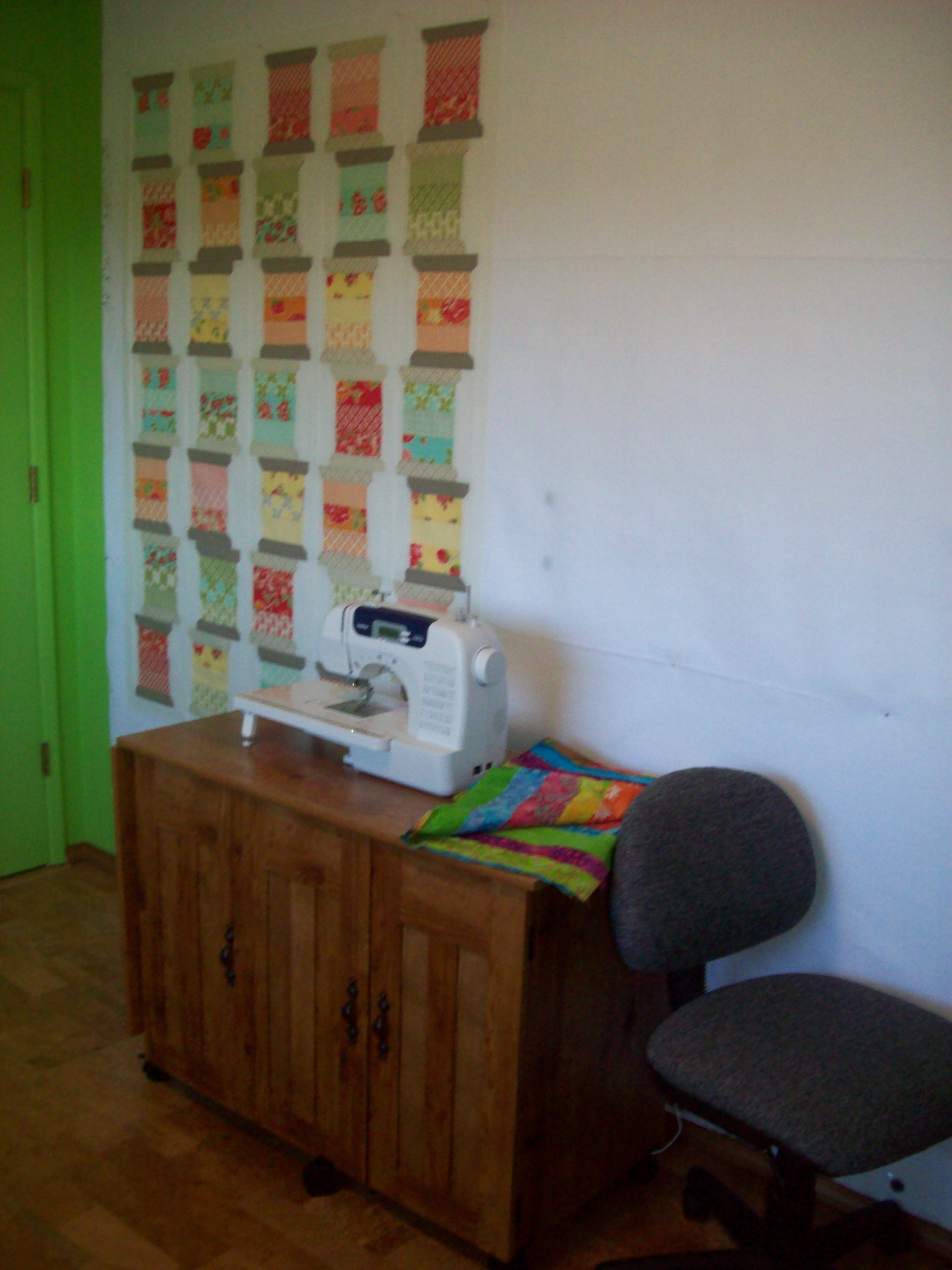 Name:  Design wall & DD sewing area.JPG