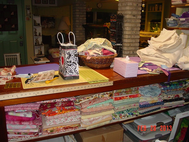 Name:  fabric sorting 004.JPG