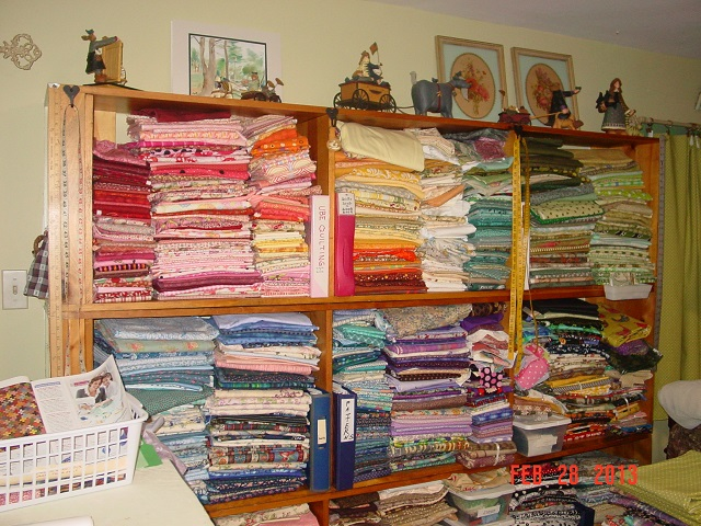 Name:  fabric sorting 003.JPG