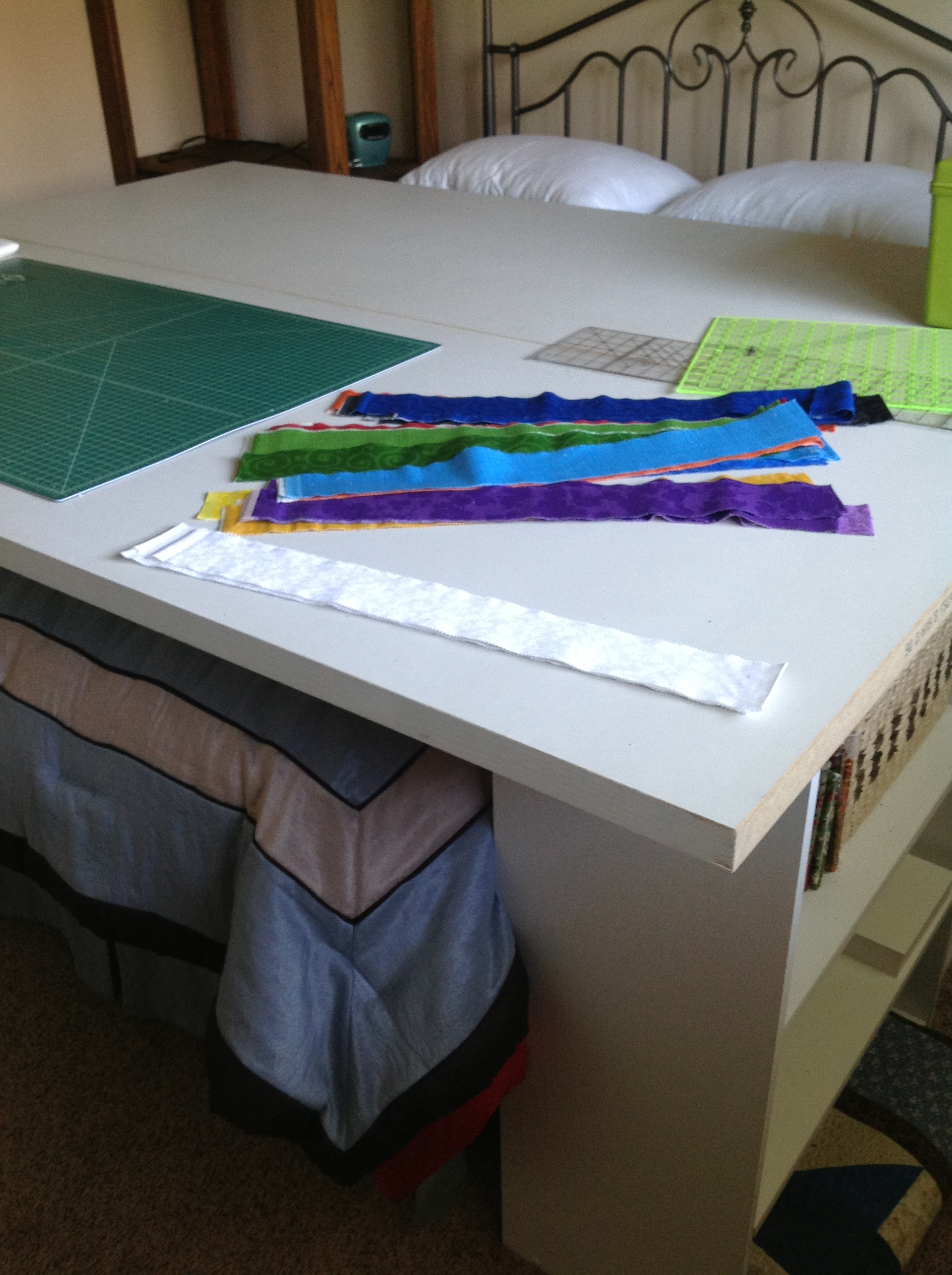 Name:  Quilting Table.JPG