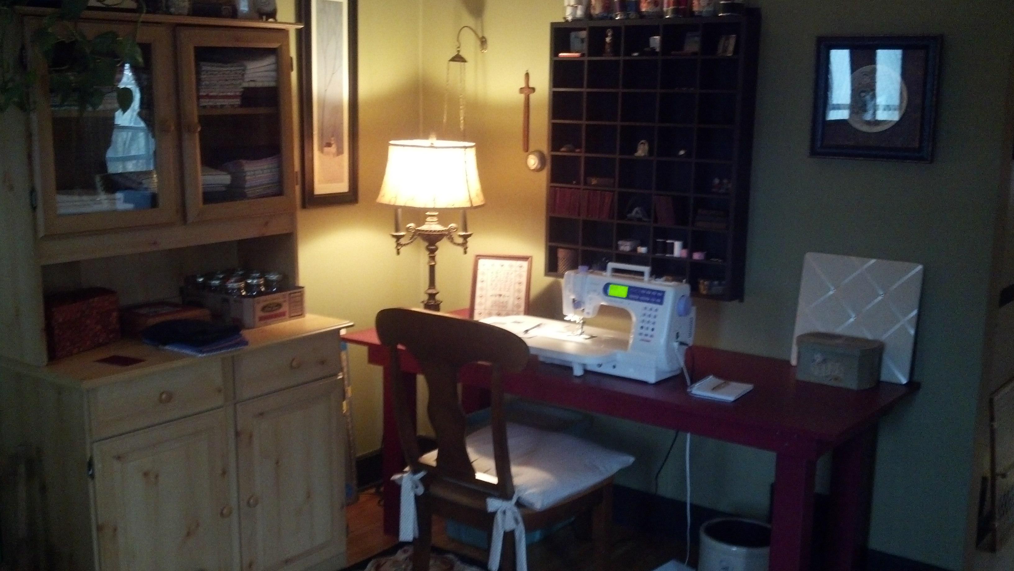Name:  sewing room.jpg Views: 123 Size:  889.0 KB