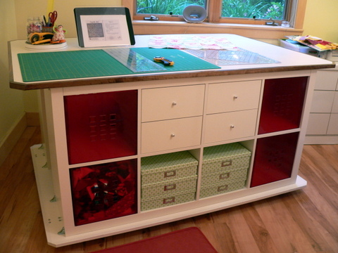 Name:  cutting table.jpg Views: 3193 Size:  87.7 KB