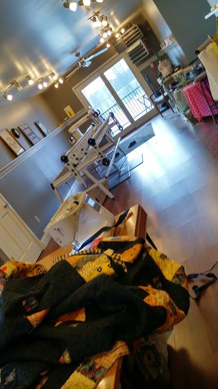 Name:  1 Studio, sew binding on quilt.jpg Views: 1673 Size:  233.6 KB