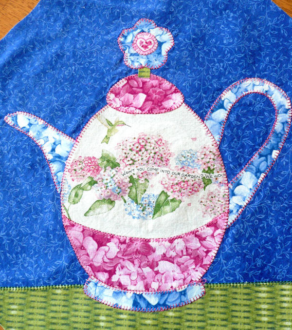 Bright Happy Teapot Quilt