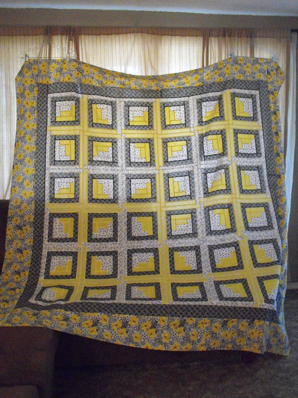 The May Walmart Quilt Of The Month Finished