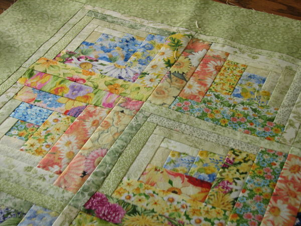 Okay Here S What The 50 Floral Log Cabin Blocks Turned Into