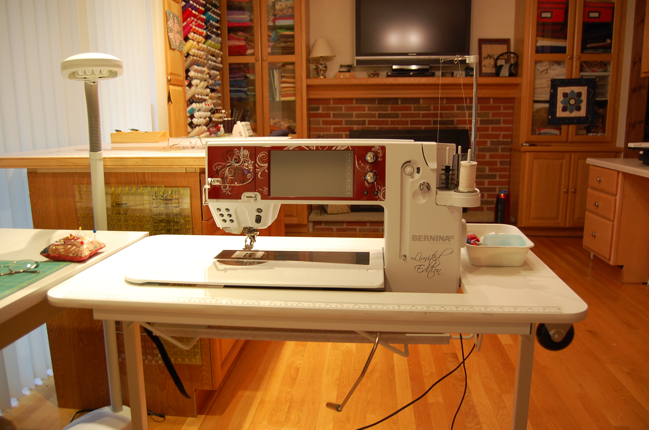 Thread Inexpensive Sewing Table For The Large Bernina 820 830 Machines