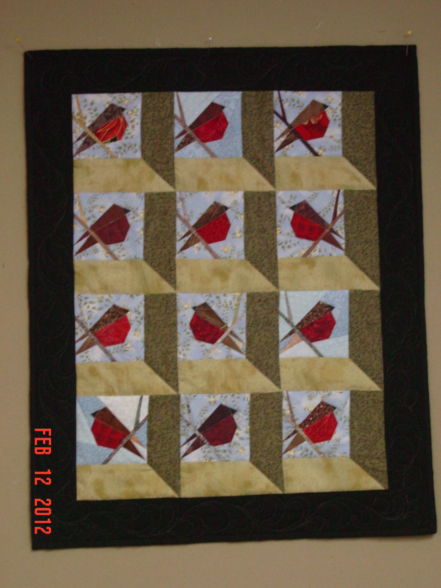 Name:  robin quilt 015.JPG