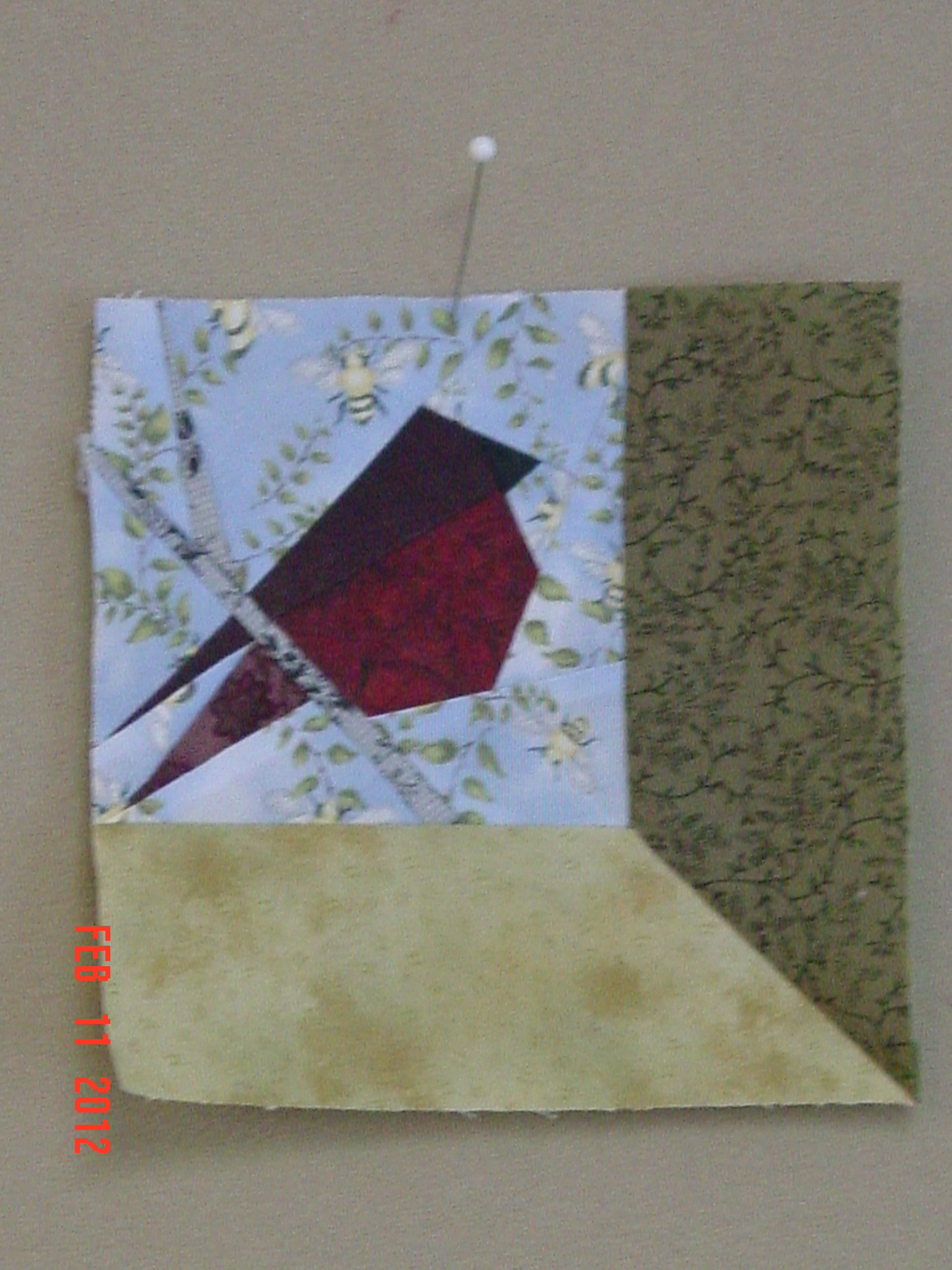 Name:  robin quilt 014.JPG