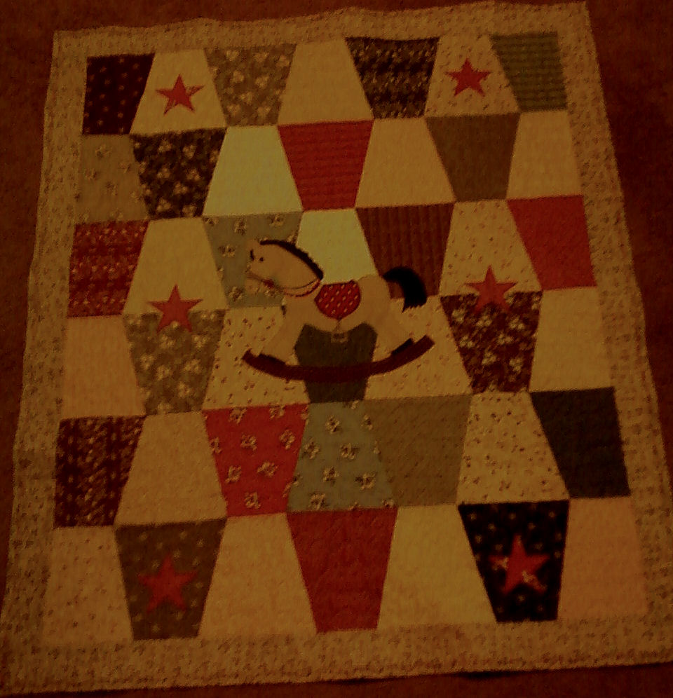 Name:  BabyTumblerQuilt.jpg