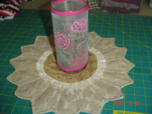 Name:  candlemat and embroidered hurricane light 007.jpg