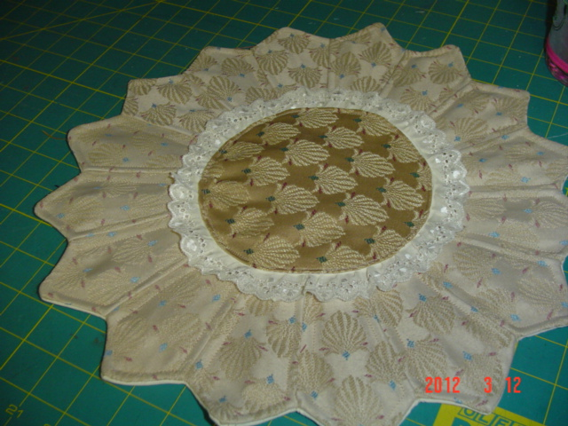 Name:  candlemat and embroidered hurricane light 006.jpg