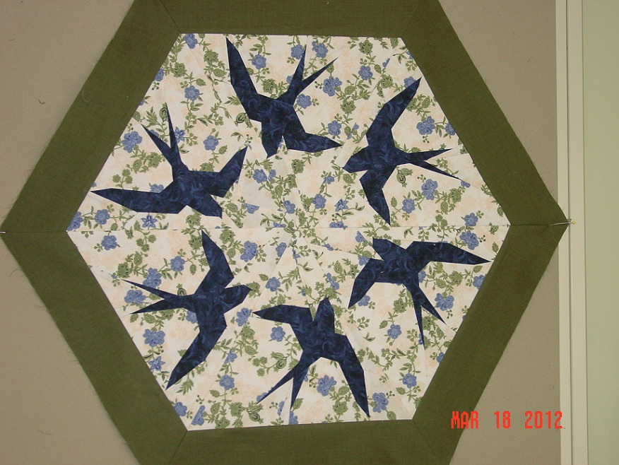 Name:  purple martin quilt 003.jpg