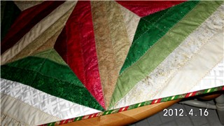 Name:  tree skirt 2.jpg Views: 1710 Size:  26.6 KB
