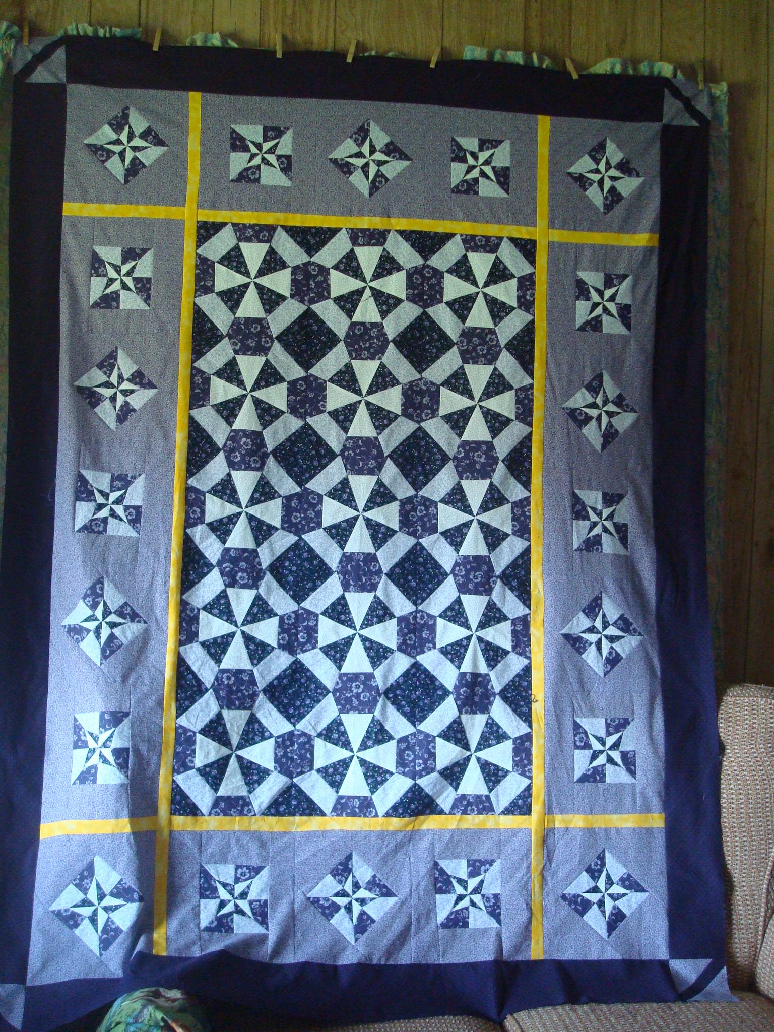 Name:  2012-April 25-Viking quilt 002.jpg Views: 1819 Size:  1.17 MB