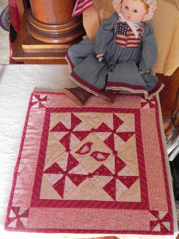 Name:  red and white quilt 001.jpg Views: 4157 Size:  192.7 KB