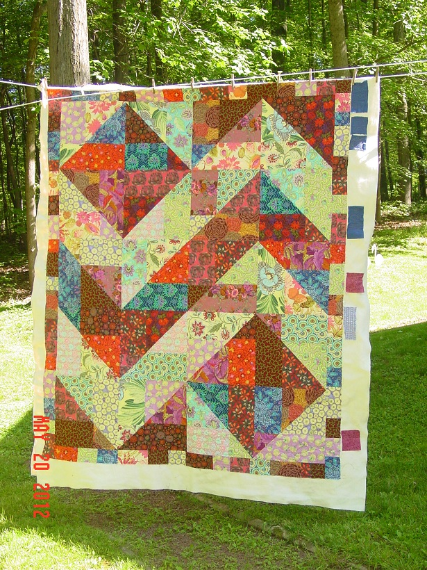 Name:  sandys quilt May 2012 036.JPG