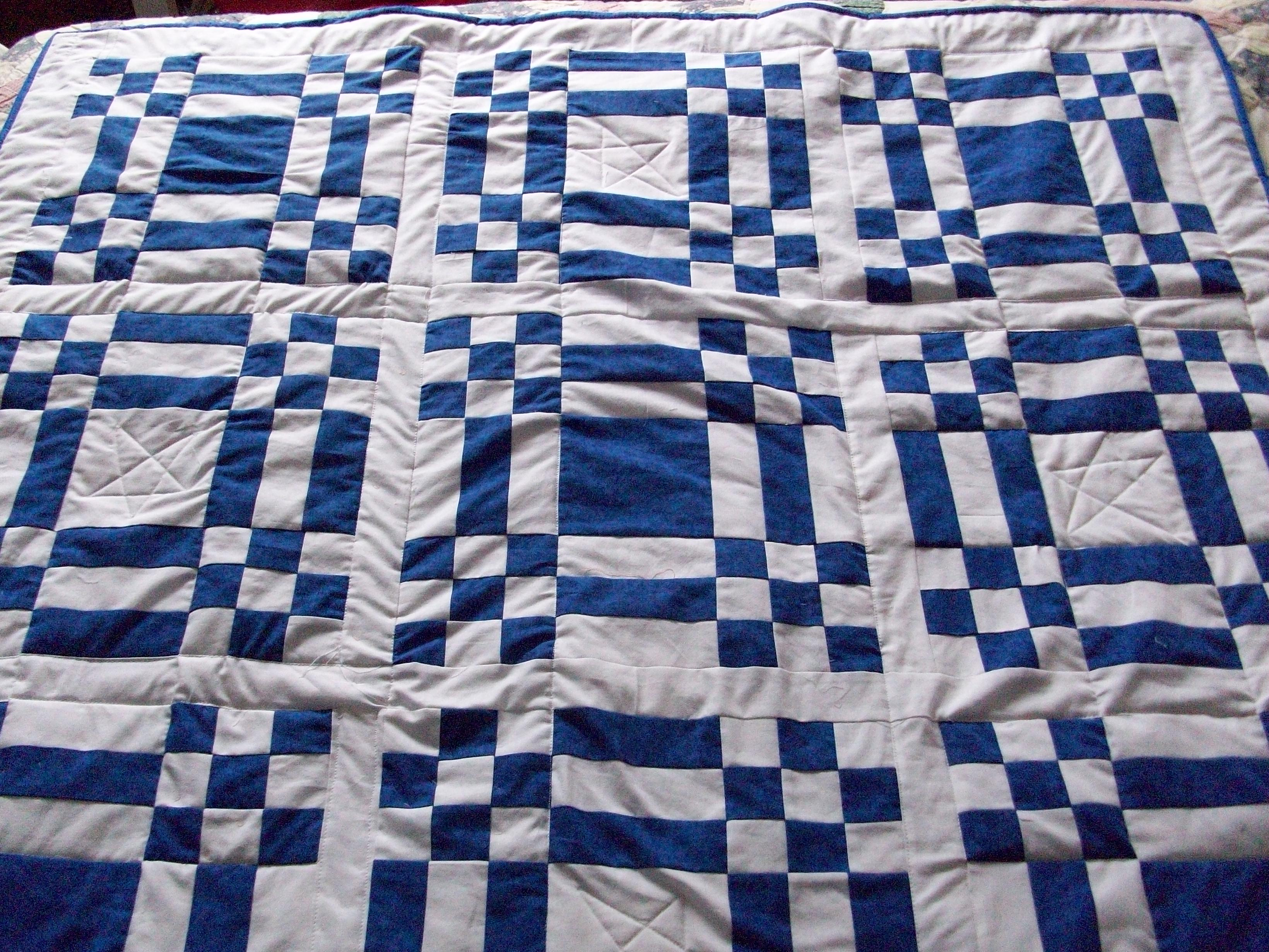 Name:  Blue and White Quilt 001.jpg