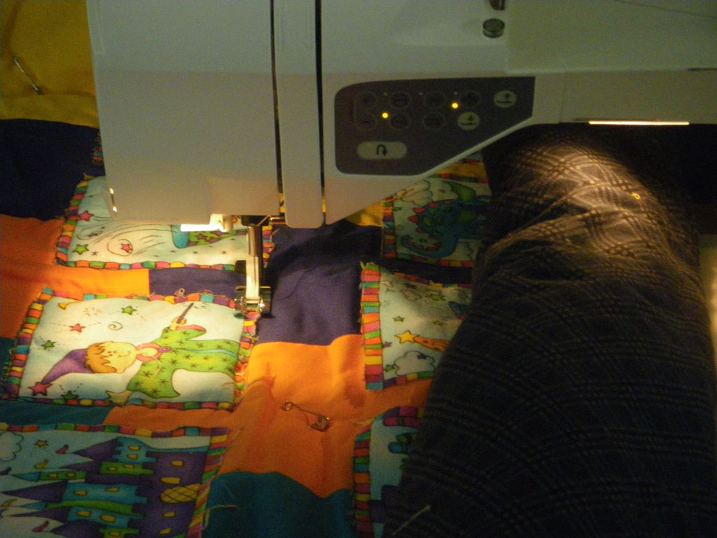 Name:  UFO1-in-quilting-progress.jpg