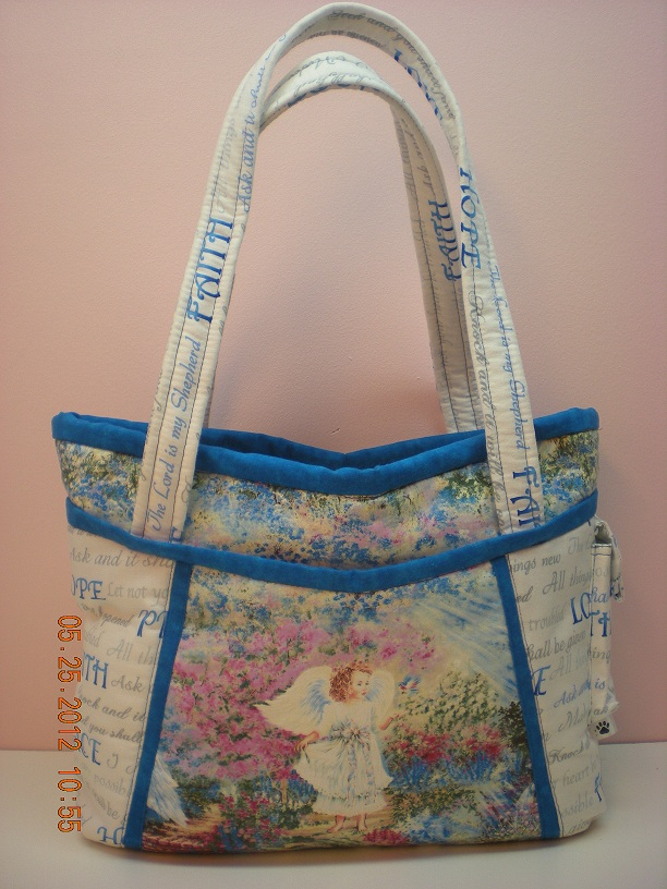 Name:  Sharon bag front.jpg Views: 1572 Size:  192.4 KB