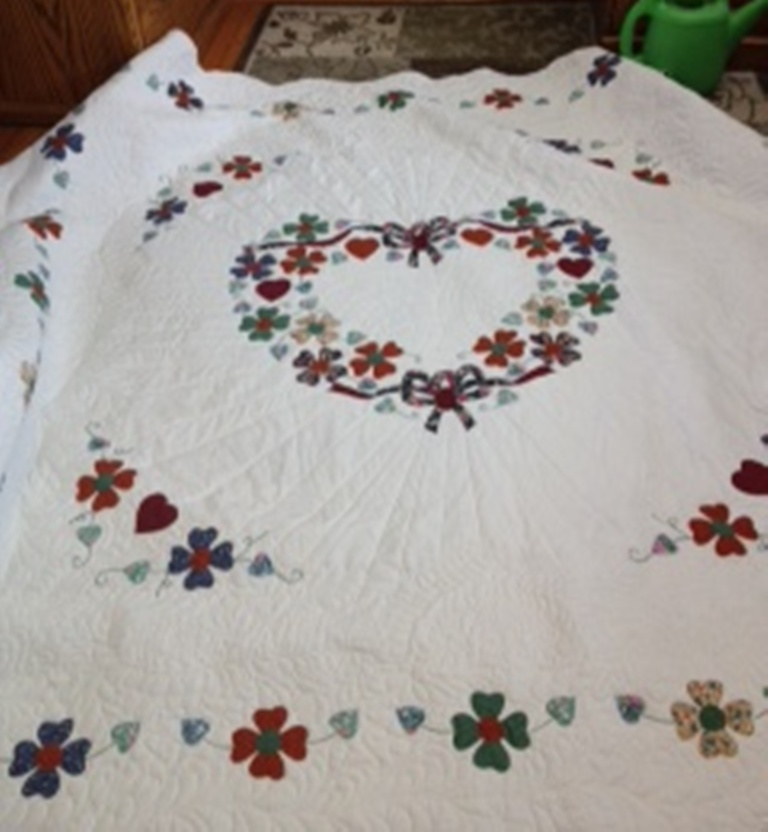 Name:  applique flower heart.JPG