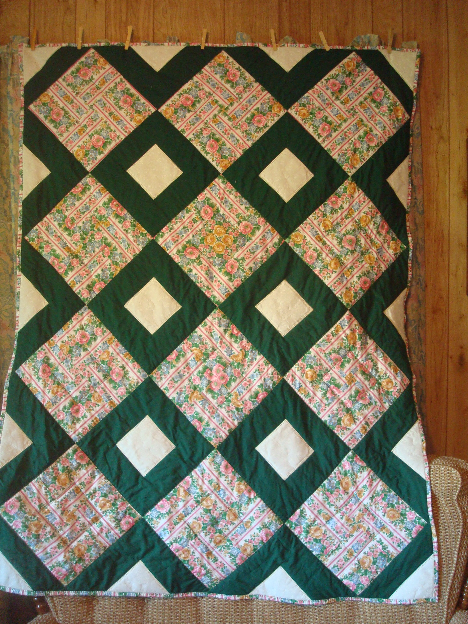 Name:  2012-June 28-Harding signature quilt.jpg