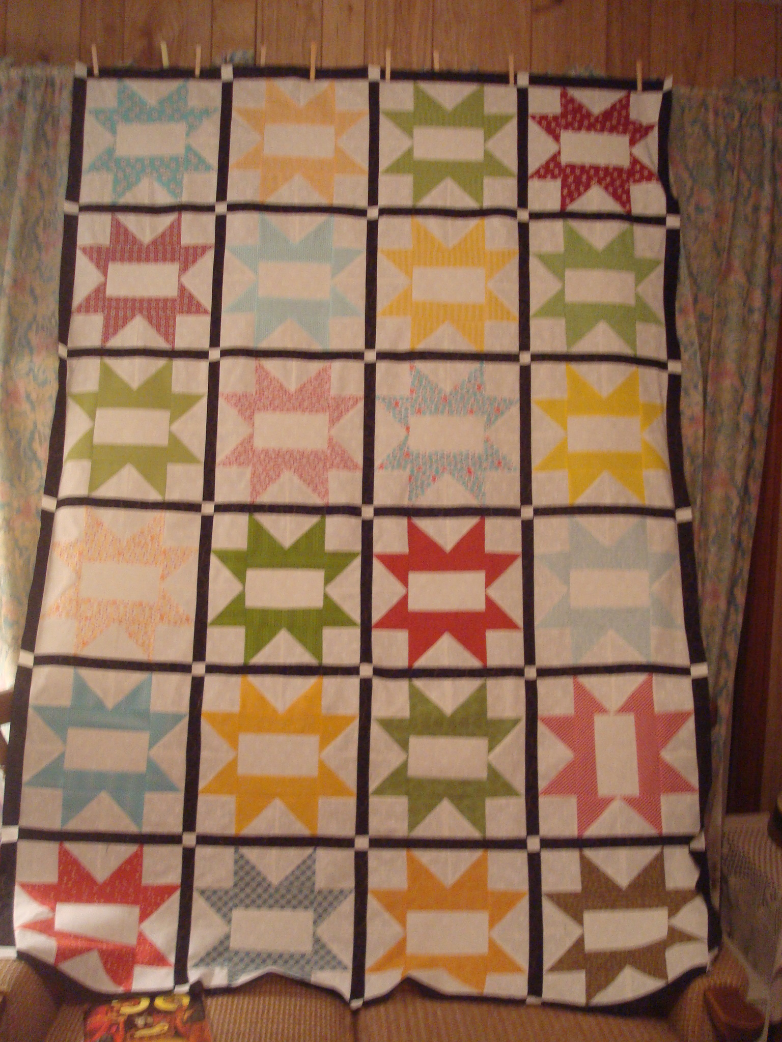 Name:  2011-12-05-July Signature quilt.jpg Views: 4949 Size:  1.07 MB