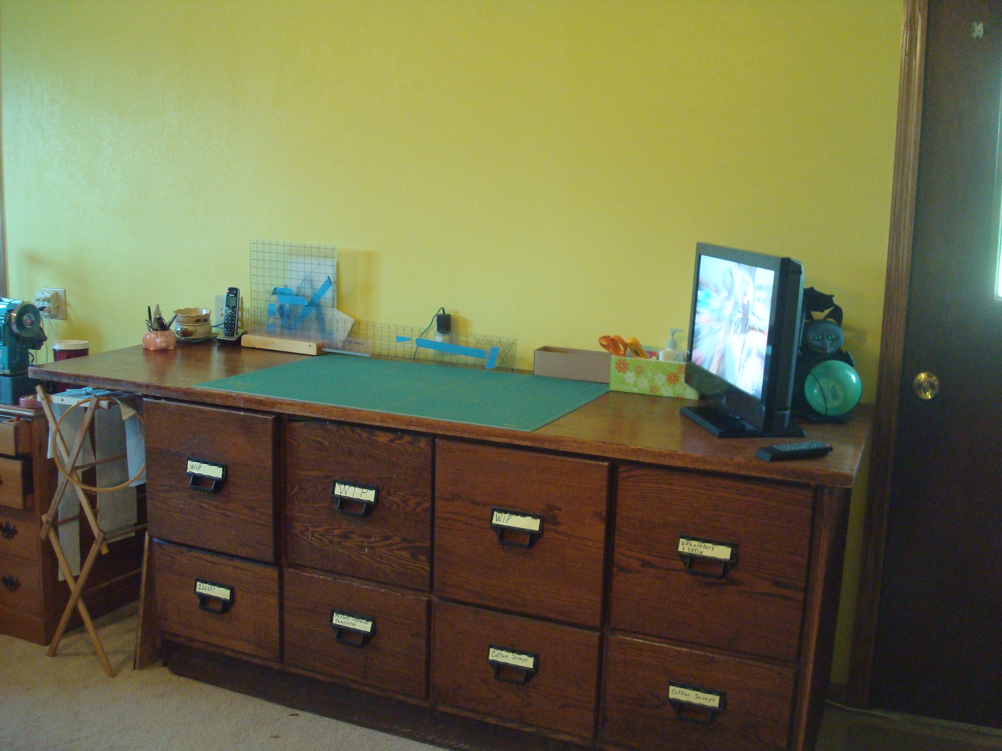 Name:  2012-July-Finished sewing room 002.jpg Views: 5526 Size:  1.11 MB