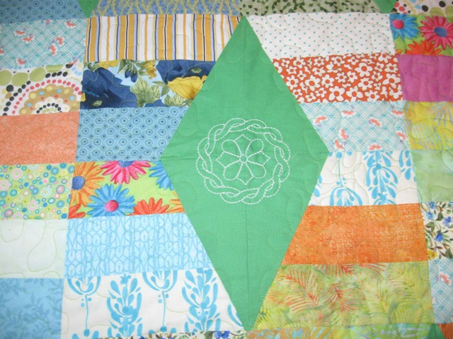 Name:  Close up of Jamie's quilt web.JPG Views: 1553 Size:  138.2 KB
