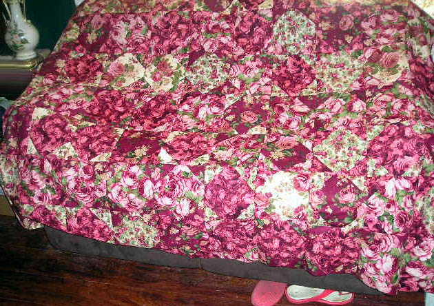 Name:  Rose Scrap Quilt 1.jpg Views: 1336 Size:  137.9 KB