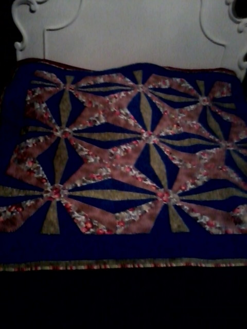 Name:  Squedge Lap quilt.JPG