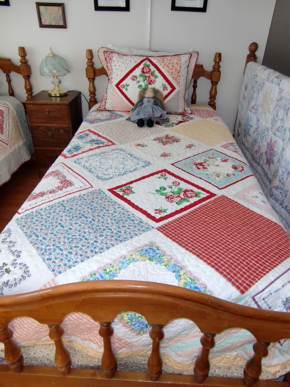 Name:  Hankie Quilt by Bridget.jpg